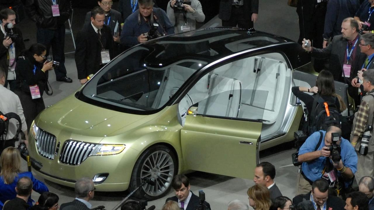 Lincoln Concept C at 2009 NAIAS
