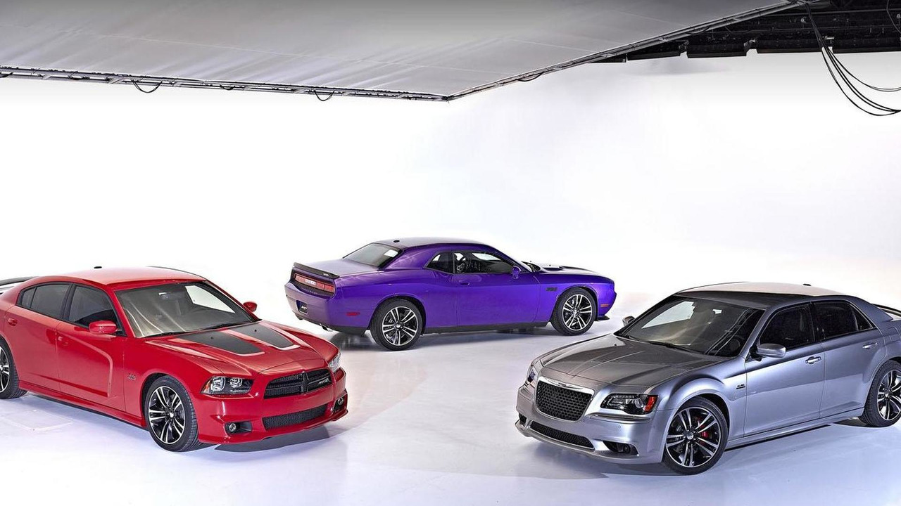Dodge Charger SRT8 Super Bee, Chrysler 300 SRT8 Core Edition and Dodge Challenger SRT8 Core Edition 07.2.2013