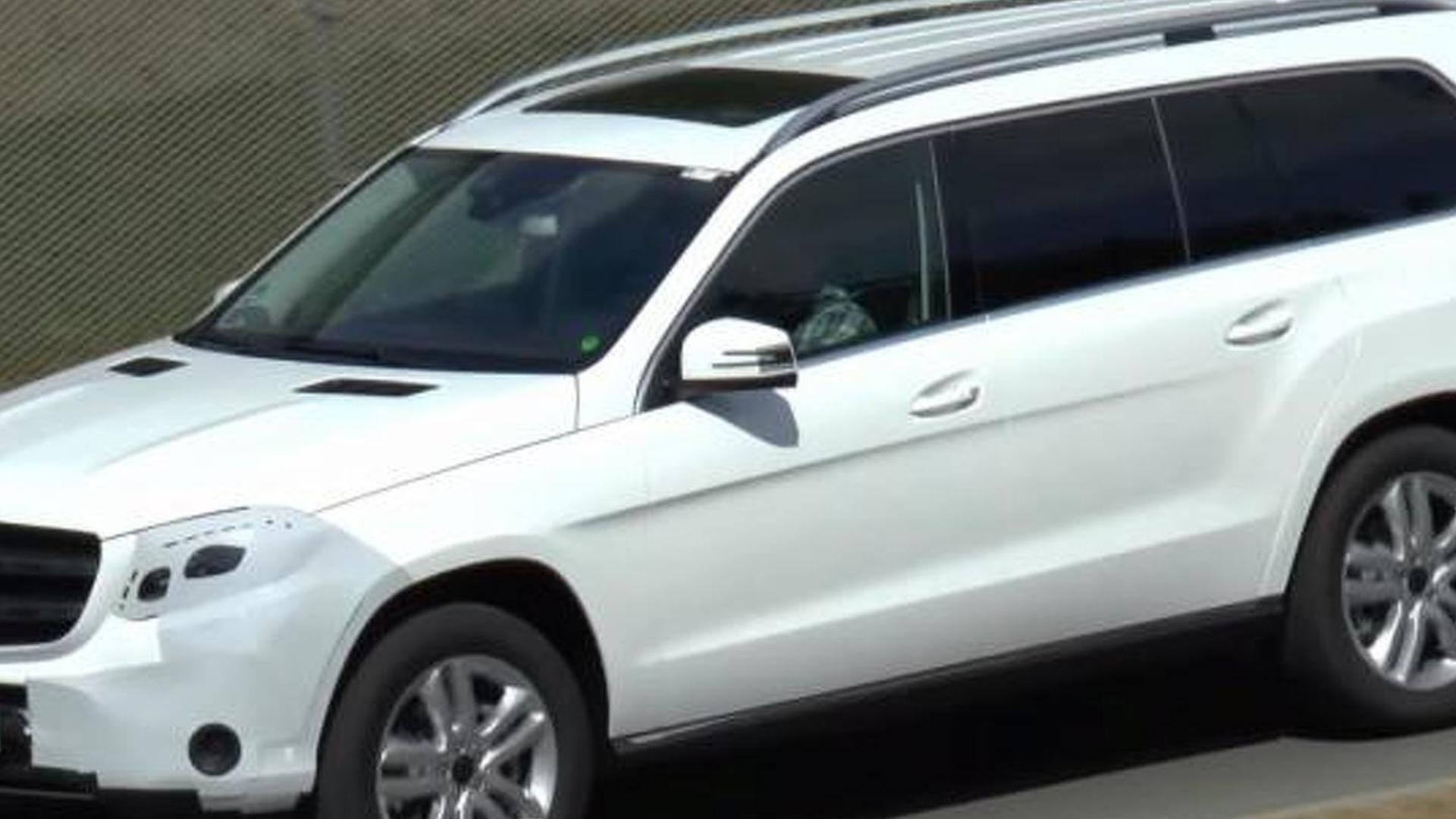 Facelifted Mercedes-Benz GL (renamed GLS) spied in motion [video]