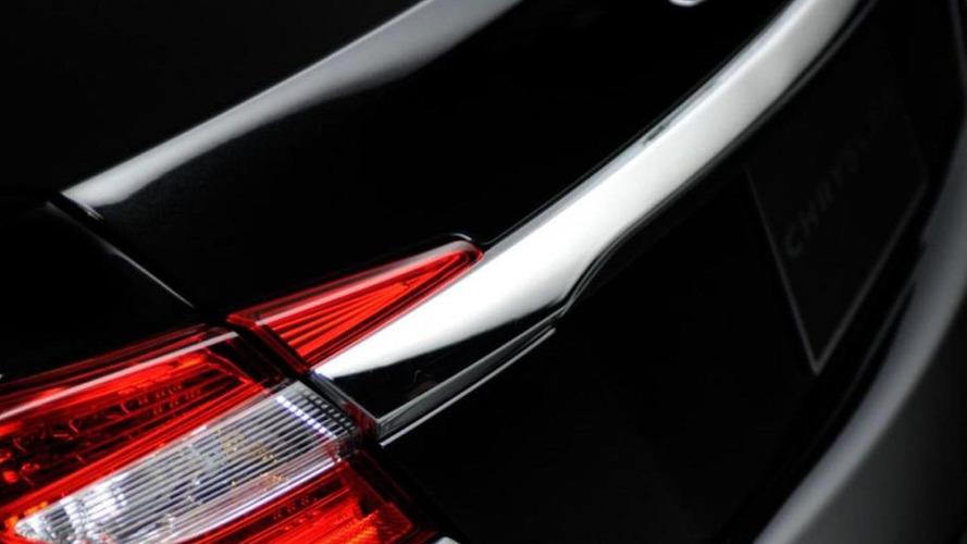 Chrysler 200 gets teased yet again
