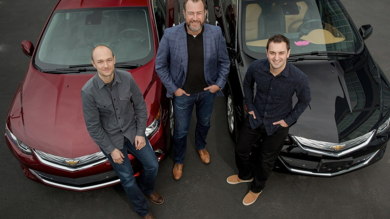 GM & Lyft partnership - General Motors President Dan Ammann (center) with Lyft Inc. co-founders John Zimmer (right) and Logan Green (left)