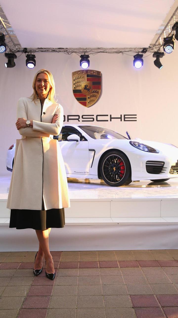 Maria Sharapova and her Porsche Panamera GTS