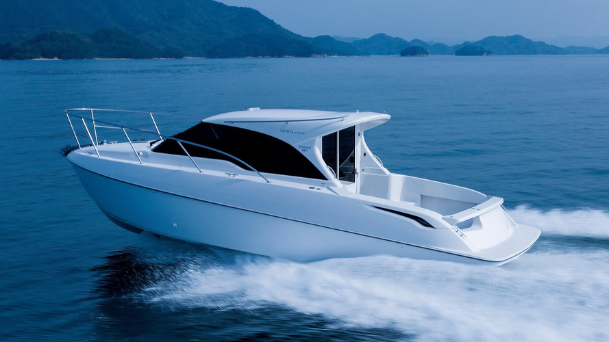 Toyota's latest Ponam boat has a 260 hp Land Cruiser engine