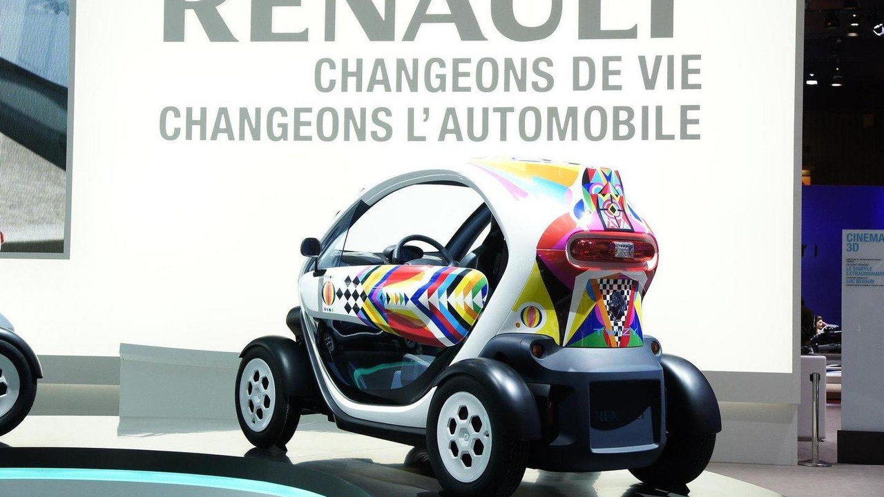 Renault Twizy production version live in Paris 01.10.2010