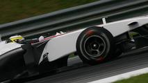 Sauber using stronger front wing at Sepang