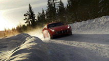 Ferrari FF in action - new photos released