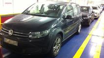 2014 Volkswagen Touran spied completely undisguised