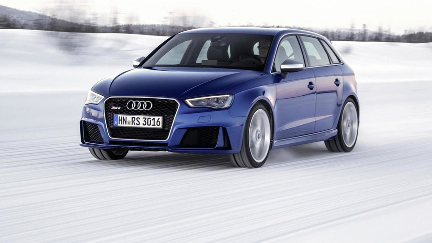 Audi shows off RS3 Sportback with Sepang Blue color (27 photos)