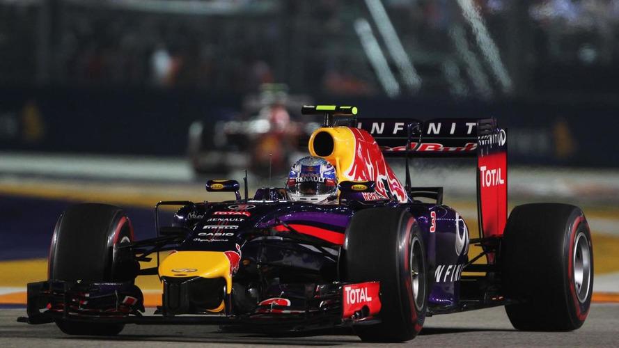 Red Bull denies making illegal radio calls