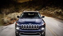 2014 Jeep Cherokee shows its off-road prowess [video]