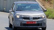 2017 Dacia Sandero, Logan MCV facelift spy photos