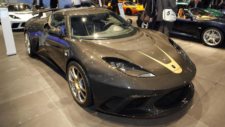 F1 inspired Lotus Evora GTE Carbon Edition unveiled in Geneva