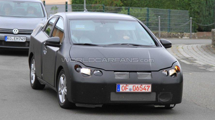 Next gen 2012 Honda Civic spied as 5-door version for first time