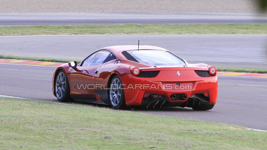 Video: Ferrari 458 Challenge looks fast