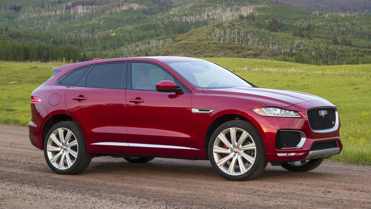 first drive 2017 jaguar f pace. Black Bedroom Furniture Sets. Home Design Ideas