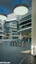 BMW Group Research and Innovation Centre - foyer