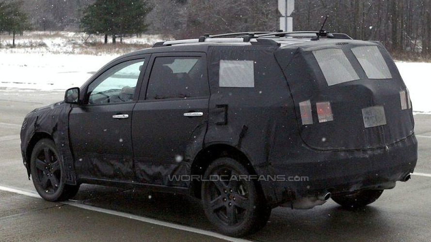 SPY PHOTOS: New Chrysler Dodge Crossover