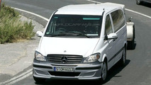 Mercedes V-Class Facelift Spy Photos