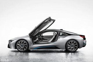 First Official Photos of BMW i8 Leaked