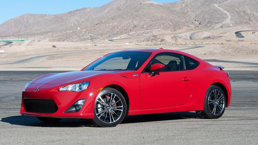 2016 Scion FR-S unveiled with minor updates