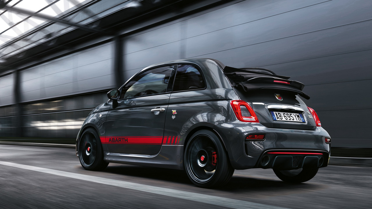 Abarth 695 XSR Yamaha Limited Edition