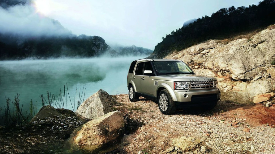 2010 Land Rover LR4 Facelift Breaks Cover
