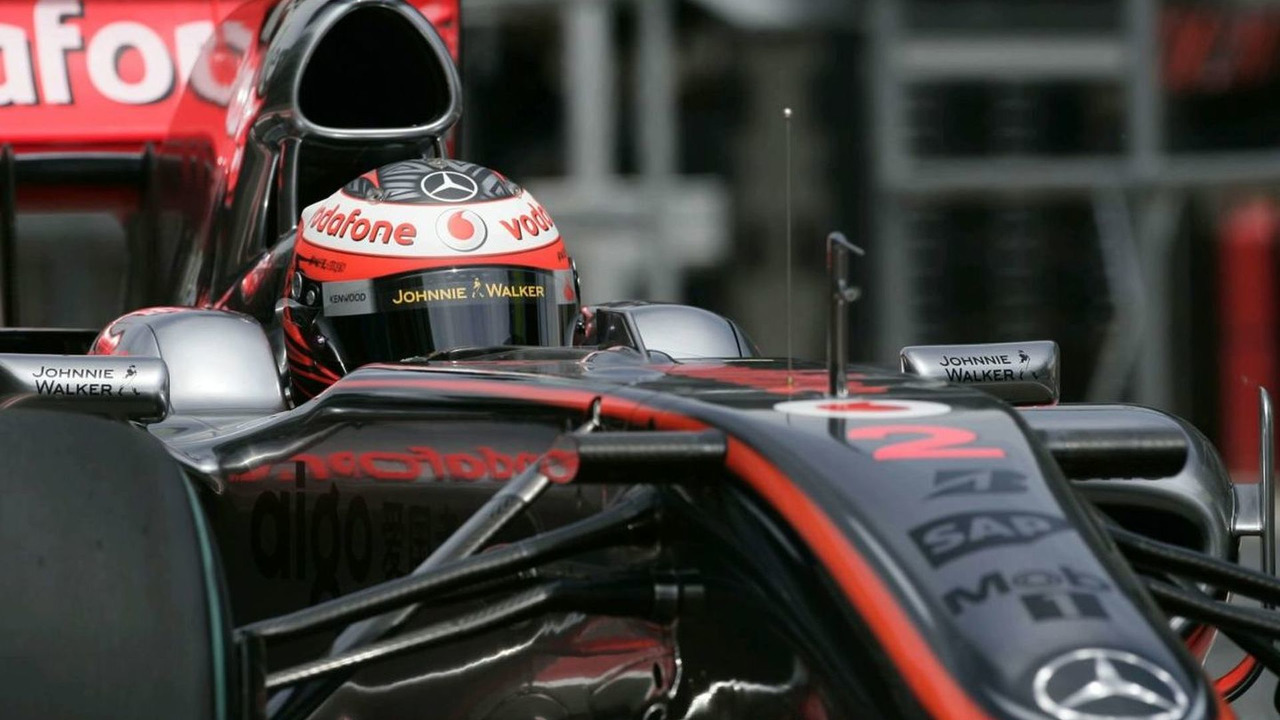 McLaren will wait until the end of the current campaign before announcing their 2010 driver line-up