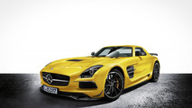David Coulthard tackles Goodwood in a SLS AMG Black Series [video]