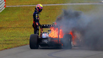 Mark Webber RB9 fire 06.10.2013 Rd 14, Korean Grand Prix
