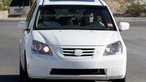 Honda Odyssey Facelift Spy Photos - Round 2