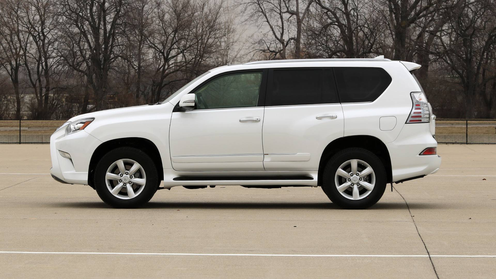 luxury saugus at wheel lexus gx navigation mall cars used drive all auto
