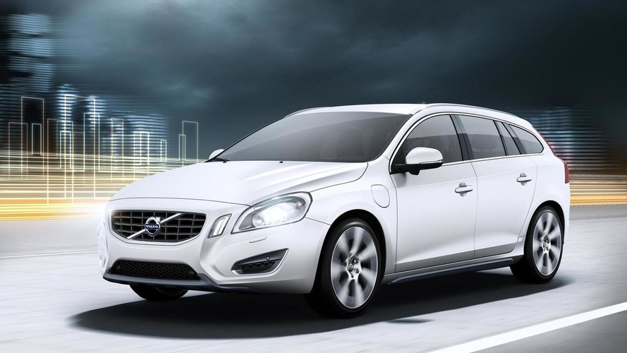 Volvo V60 Plug-In Hybrid priced at EUR 57,000 for Europe [video]