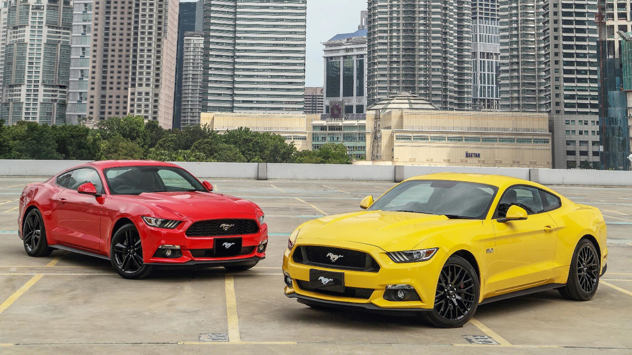 the best selling sports car in 2016 was the ford mustang. Black Bedroom Furniture Sets. Home Design Ideas