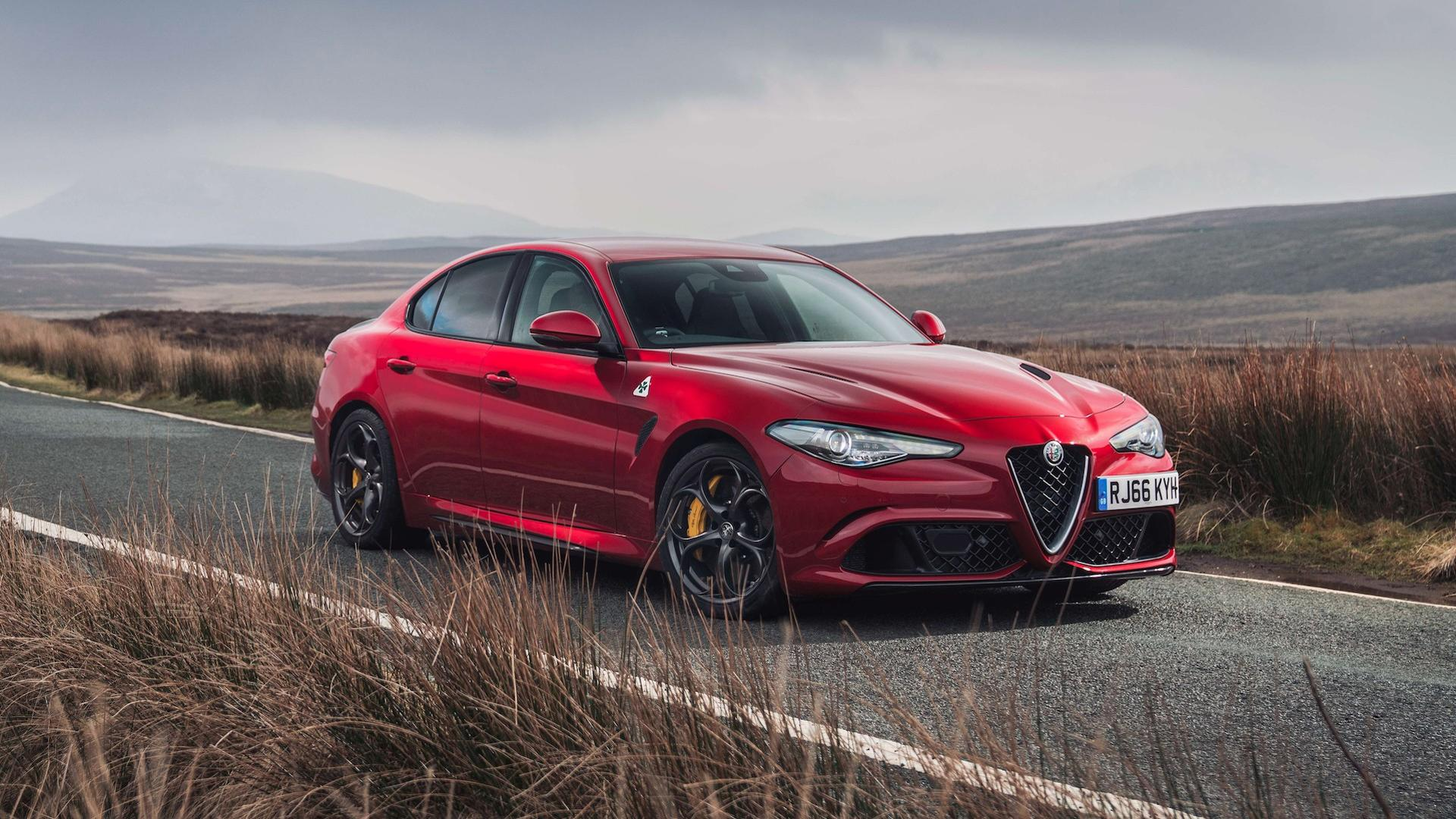 alfa romeo giulia quadrifoglio offered with crazy 1 511 mo lease. Black Bedroom Furniture Sets. Home Design Ideas
