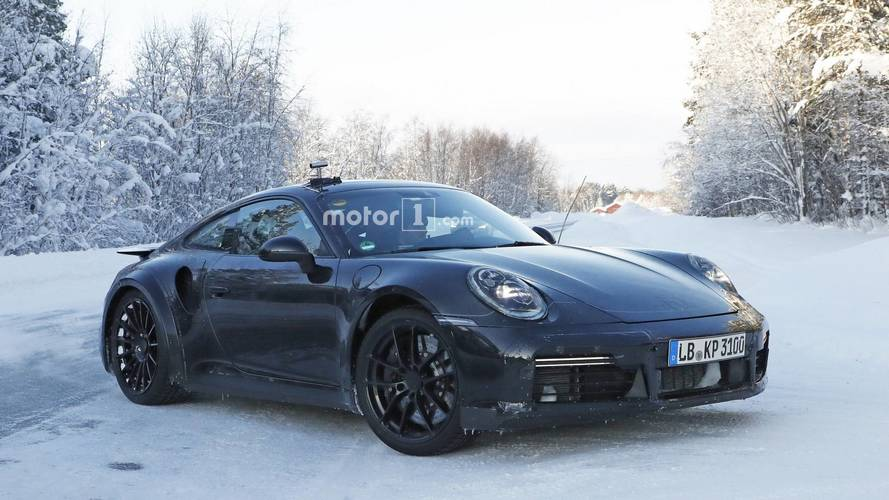 Next-gen Porsche 911 Turbo Spied With Fixed Rear Wing [UPDATE]