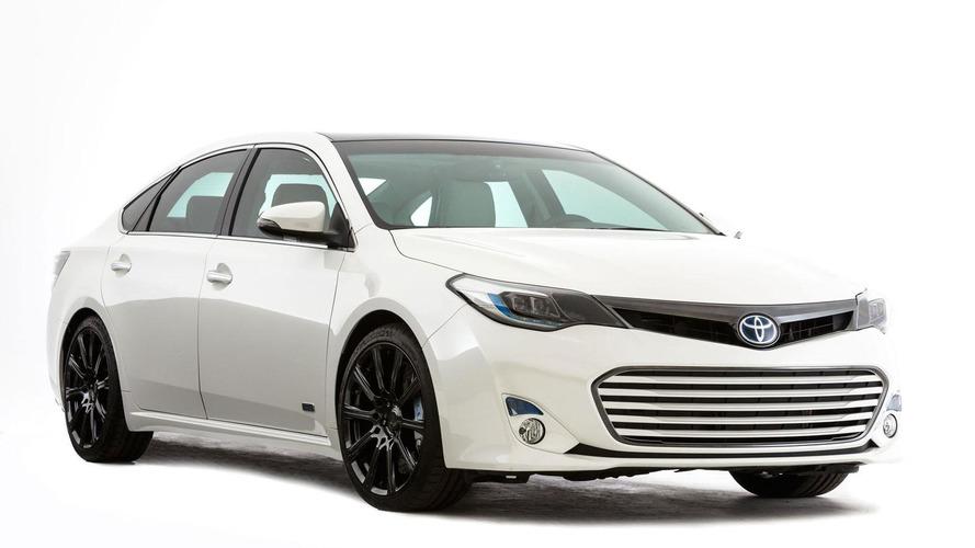 Toyota Avalons revealed for SEMA