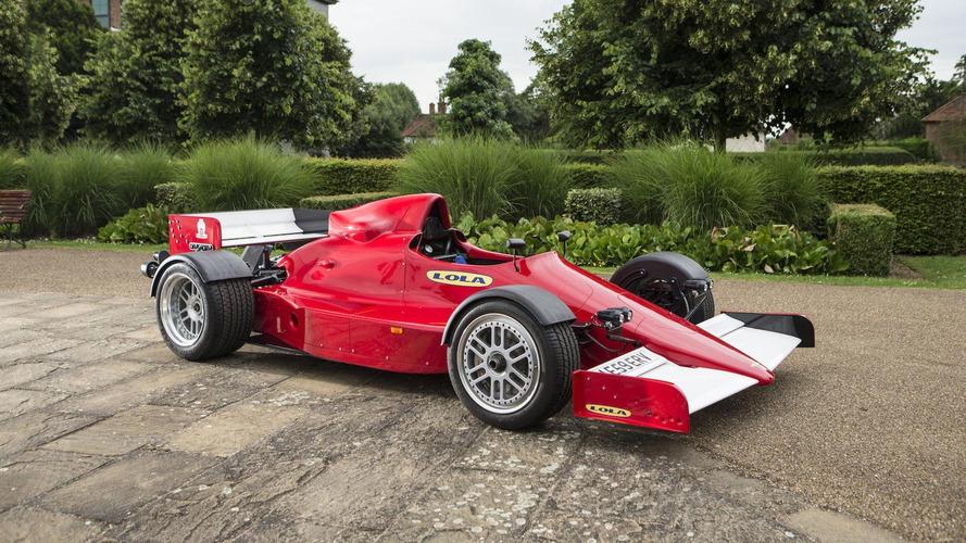 Cette petite Formule 1 homologuée pour la route est à vendre