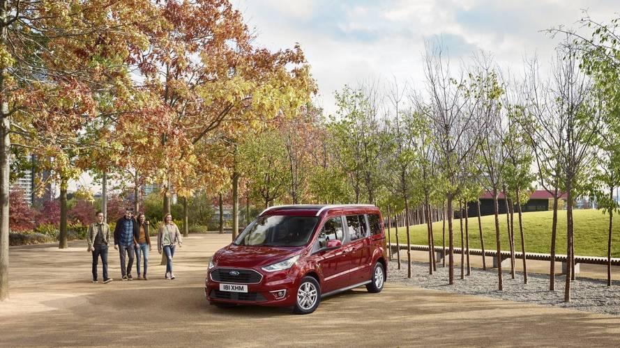 Bemutatkoztak az új Ford Tourneo Connect és Tourneo Courier személyszállítók
