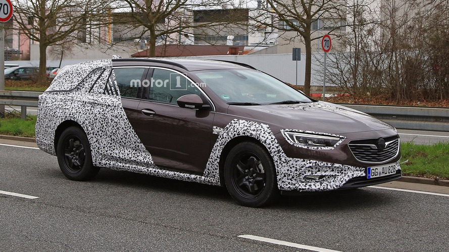 2018 Vauxhall Insignia Country Tourer Spied