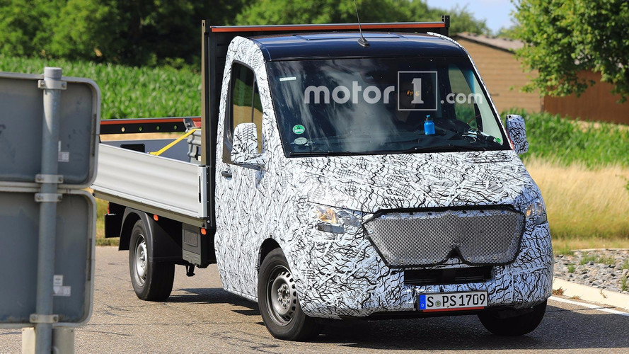 Next Mercedes-Benz Sprinter Spied With Smoother Nose