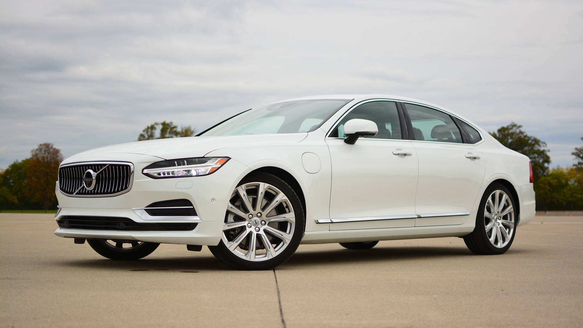 Volvo S90 T8 >> 2018 Volvo S90 T8 Review: Efficiency Done With Style
