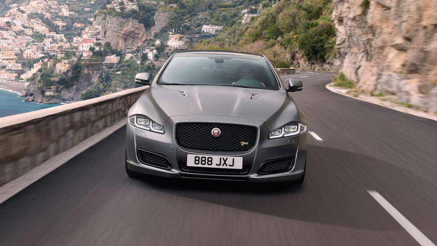 Jaguar XJR575 Can Sprint To 60 In 4.4 Seconds, Starts At $122,400