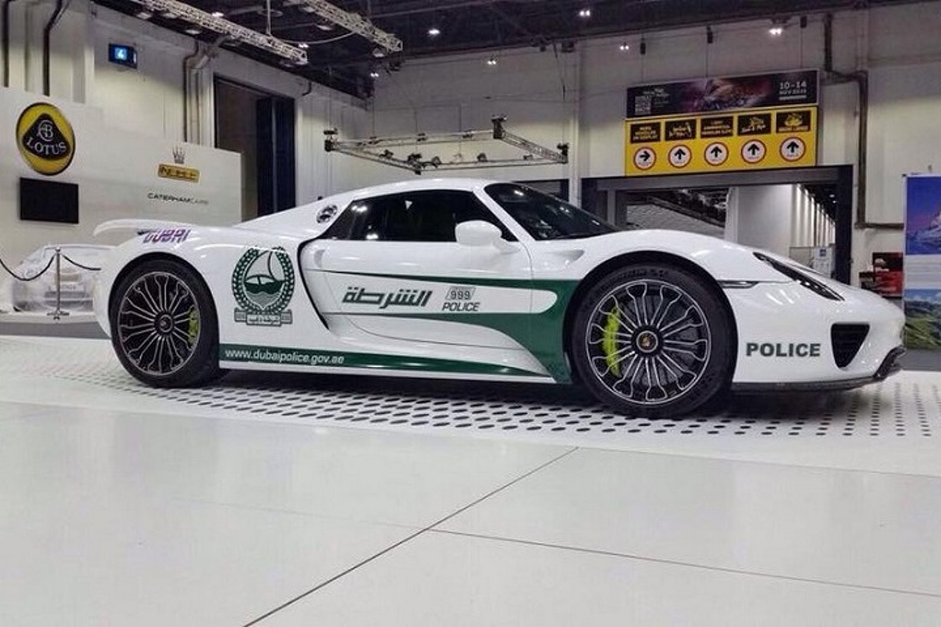 Dubai Police Add Porsche 918 Spyder to Their Supercar Fleet