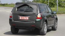 Land Rover Freelander facelift spied for first time