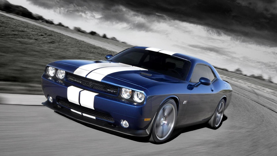 Chrysler working on a supercharged 6.2-liter HEMI V8 Hellcat engine - report