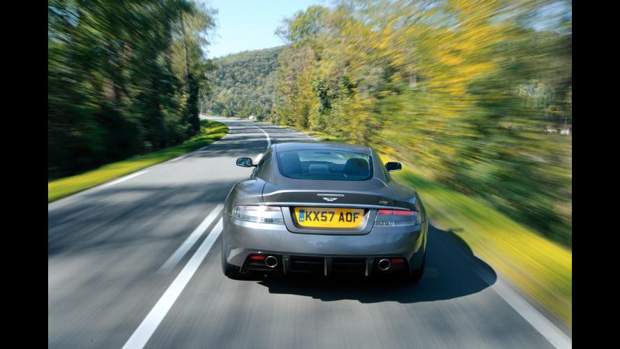 Aston Martin DBS affianca ancora 007