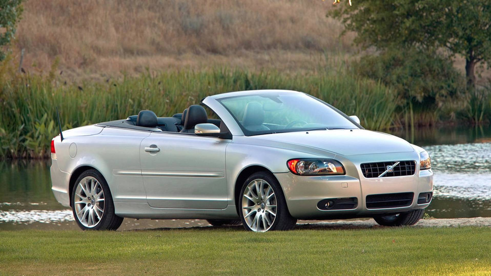 convertible diesel s metallic white coupe volvo sale available pearl in dorset no photos used d