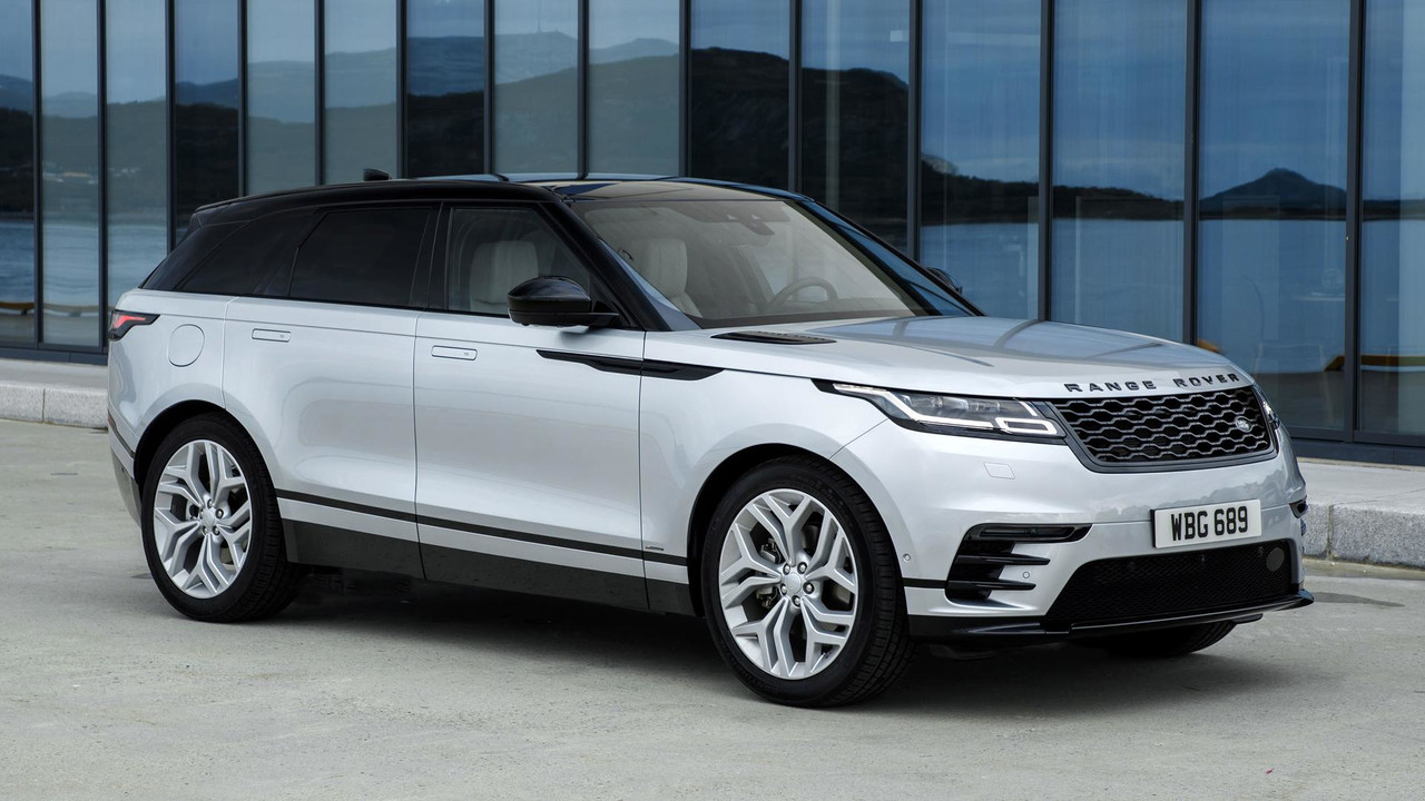 2018 land rover range rover velar first drive motor1. Black Bedroom Furniture Sets. Home Design Ideas