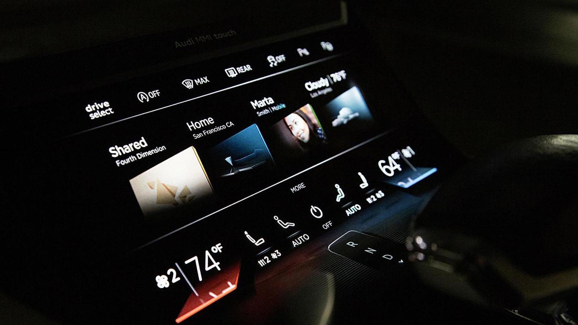 Мультимедийная система Audi Prologue Piloted Driving