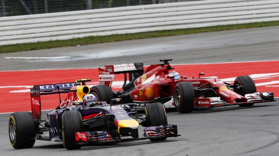 Alonso hails Vettel's 'amazing' teammate